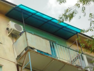 Козырек на балкон из поликарбоната в городе астрахань. цена .